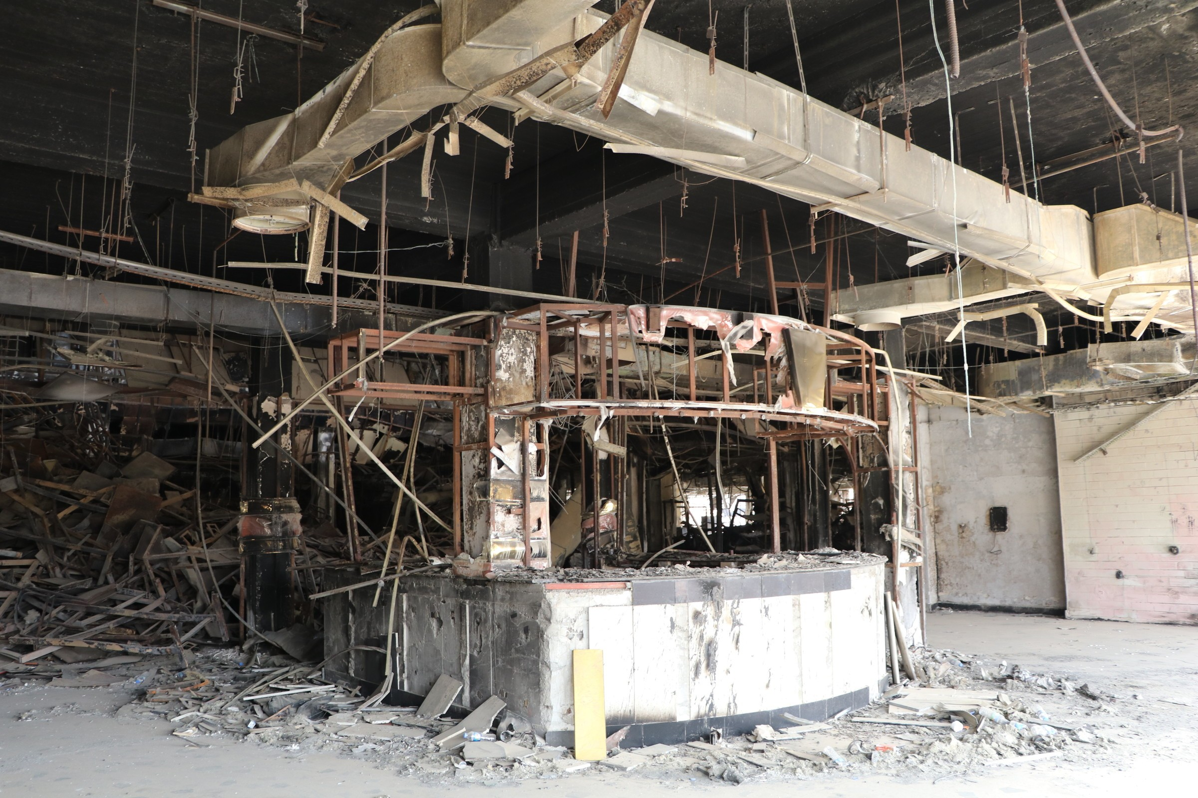 Islamic state destroyed the main library in the city of Mosul 02/23/2015 83
